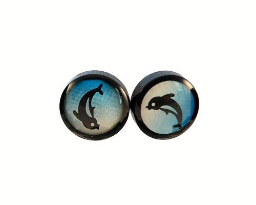 Se mere om runde ørestikker med springende delfin i web-butikken