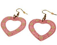Se mere om Øreringe med lyserøde hjerter med runde hvide prikker i web-butikken
