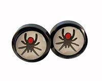 Se mere om Seje ørestikker i sort og hvid farve med edderkopper i web-butikken
