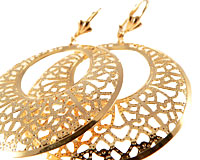 Se mere om Ovale store Donna Bella øreringe belagt med 18 karat guld i web-butikken