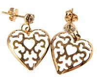Se mere om Donna Bella øreringe med ørestik og hjerte i guld i web-butikken
