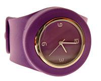 Se mere om Silikone armbåndsur i lilla farve med bred fjeder rem  i web-butikken