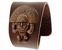 Se mere om Tumi House armbånd af ægte læder i brun farve fra Peru i web-butikken
