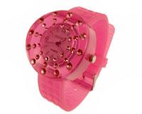 Se mere om Gennemsigtigt gummi ur i lyserød farve med lyserøde sten i web-butikken
