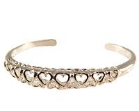 Se mere om Klassisk armbånd med massivt sølv med hjerter i web-butikken