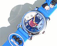 Se mere om Batman ur med sort eller blå rem i web-butikken
