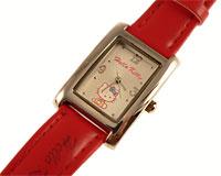 Se mere om Hello Kitty ur med aflang urkasse og rød rem i web-butikken