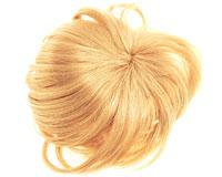 Se mere om 100% ægte pandehår i blondt med 2 clips i web-butikken