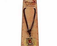 Se mere om Trylle medaljon fra julekalenderen med Pyrus i web-butikken
