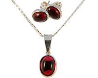 Se mere om Halskæde sæt fra Donna Bella af sølv er betrukket med sterling sølv (825)  og rød sten i web-butikken