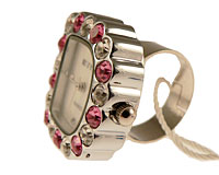 Se mere om Fingerur udformet som et D med klare og lyserød sten i web-butikken