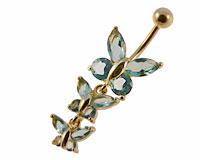 Se mere om Navle piercing i flot design med vedhæng med tre sommerfulge i lyseblå sten i web-butikken