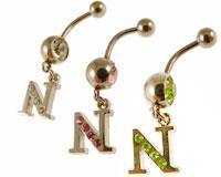 Se mere om Navlering med N i klare, lyserøde eller grønne sten i web-butikken