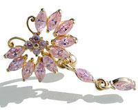 Se mere om Navle piercing i guld med sommerfugl med hale med lyserøde sten i web-butikken