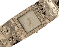 Se mere om G Smykkeur med bred sølvfarvet rem i web-butikken