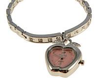 Se mere om Sødt armbånd med hjerteformet ur med lyserød urskive i web-butikken