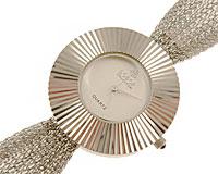 Se mere om LOBOR smykkerur i sølv i web-butikken