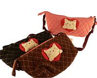 Se mere om Lille japansk håndtaske fra Kokokat i farverne sort, brun og lyserød  i web-butikken