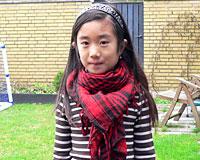 Partisantørklæde i rød og sort farve (TK034)