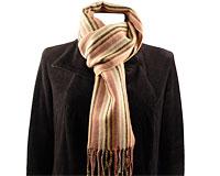 Se mere om Aflangt tørklæde i brune nuancer i web-butikken